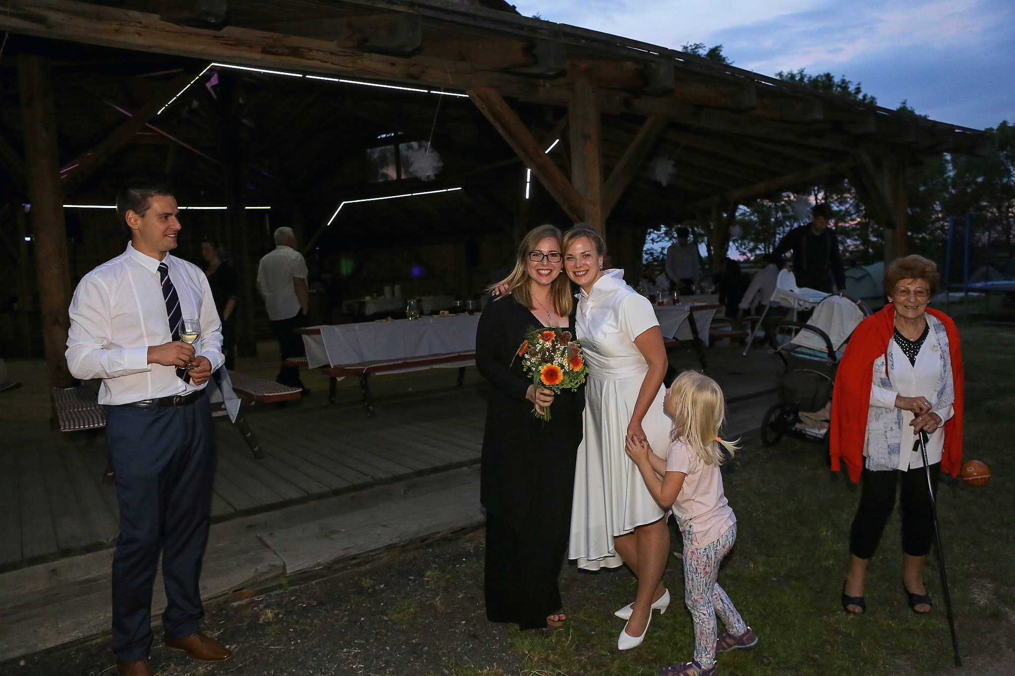 svatba, ranč dalu, venkovská, obřad, hostina,